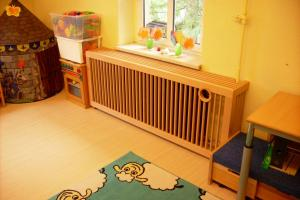 Kinderzimmer - Verkleidung eines Heizkörpers